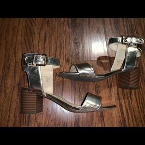 Liz Claiborne sandals size 8.5
